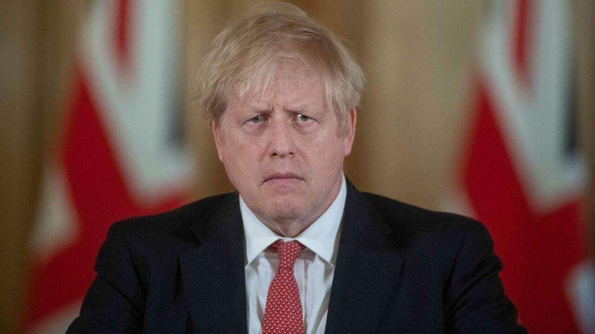 خبرنگاران نخست وزیر انگلیس به بیمارستان منتقل شد