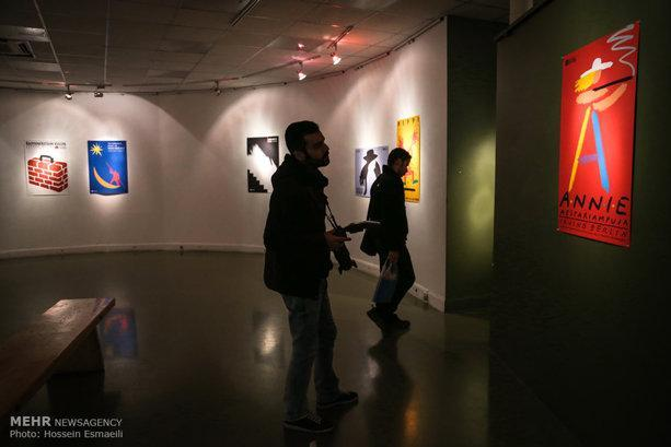 پوستر خارجی مرگ فروشنده فجر 33 را افتتاح کرد، اتفاقی نادر در جشنواره
